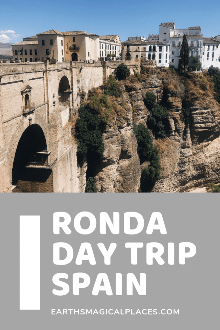 A guide to the things to do in Ronda Spain on a day trip from Seville! Highlights include seeing the stunning New Bridge #Ronda #Travel #Spain