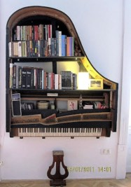 Old Piano 187x267 Recycling Pianos