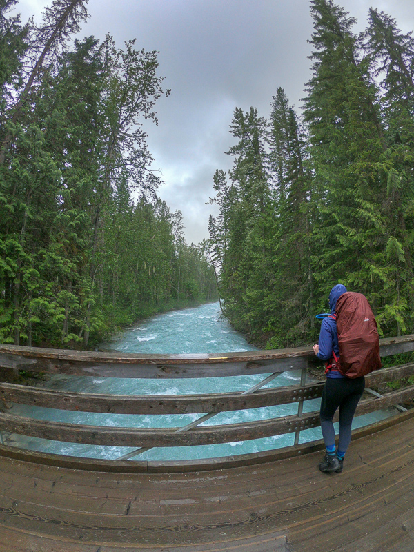 Starting the Berg Lake Trail