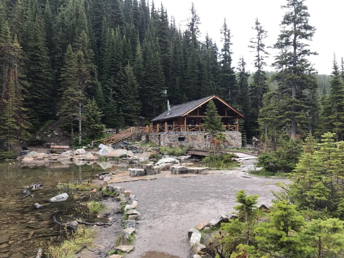 Tea House hike around Lake Louise on the hike to Devil's Thumb