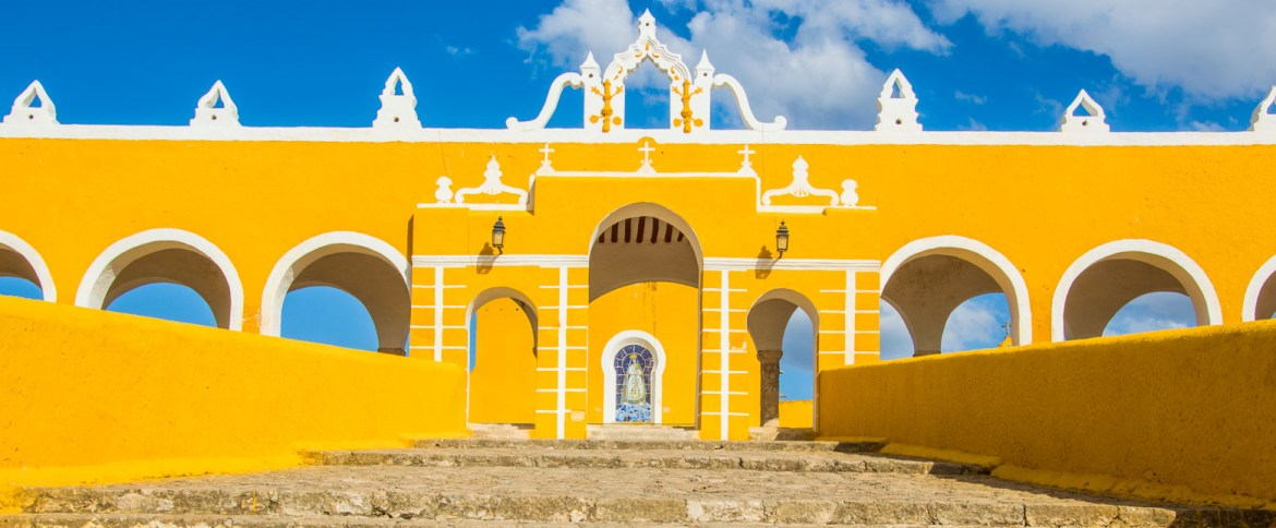 Take In The Magic of Izamal, Mexico's Yellow City | Earth Trippers