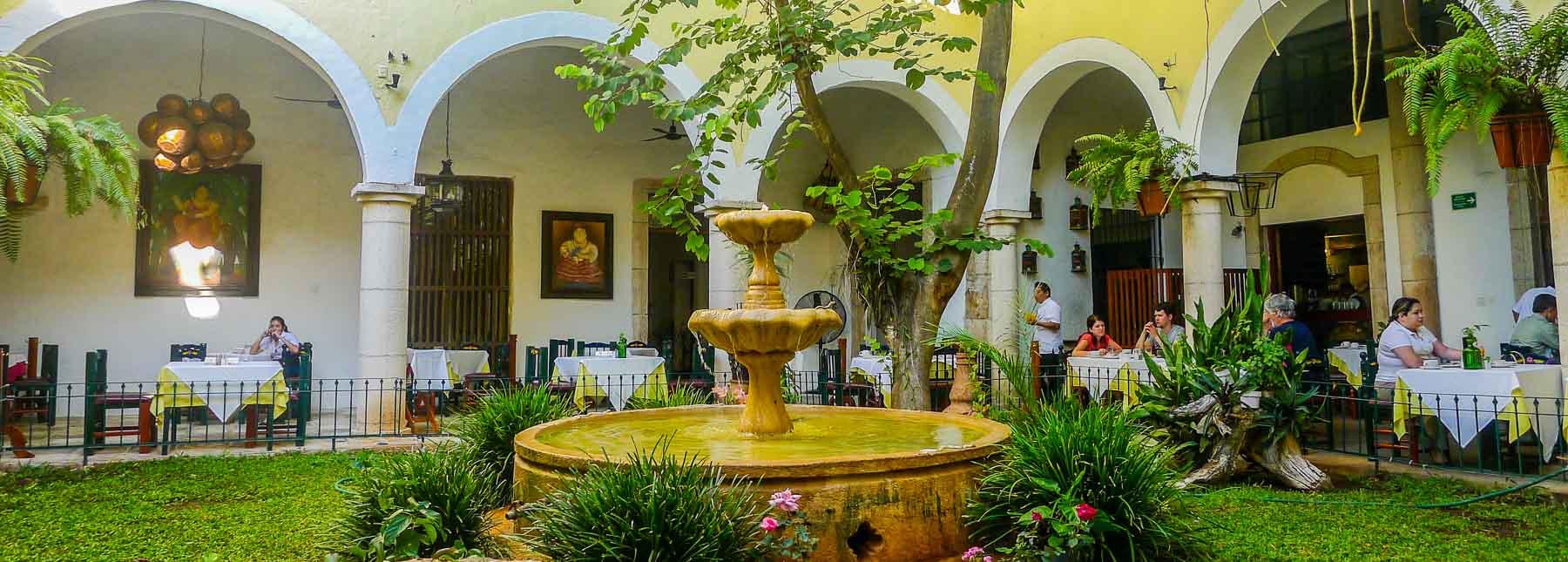 Courtyard restaurant at Valladolid hotel.