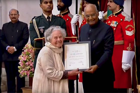 Didi Contractor receives Nari Shakti Puraskar from President of India
