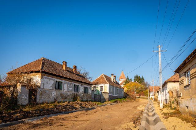 Street in Somartin Before Paving - 3