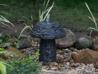 Mushroom Bubbler Water Feature