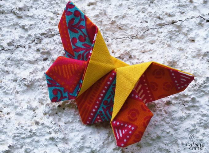 Stoffschmetterlinge Tutorial - fabric butterflies free tutorial #freedownload #sewing #butterflies #fabricnature