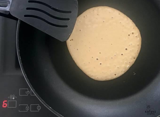 Pancakes for breakfast - fast and simple recipe for sunday brunch #pancake #recipe #pancakesfordinner