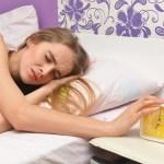 すっきり目が覚めない睡眠慣性の予防法とは 自己覚醒がカギかも?