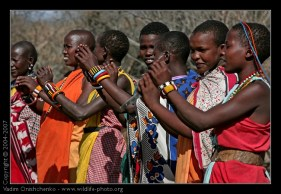 dancing-maasai-african-people-afkj7t5099-out