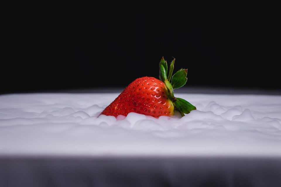 dry ice with strawberry