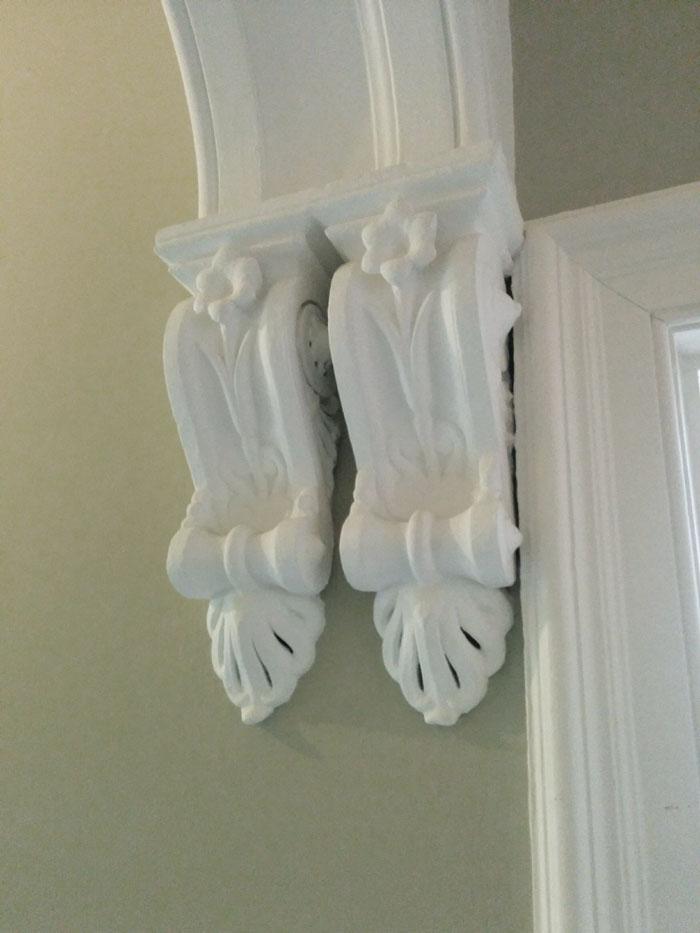 hall decorative detail
