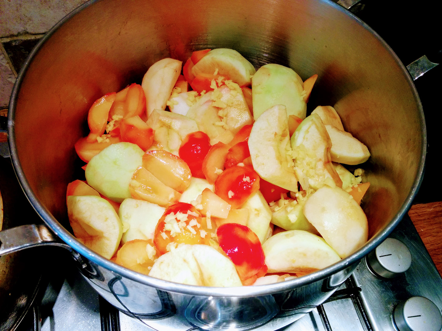 When I first put the fruit in the pan it looked like this.