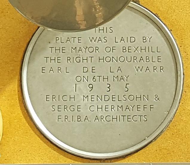 De la Warr Pavilion - plaque
