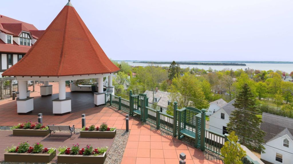 Algonquin Resort roof top patio