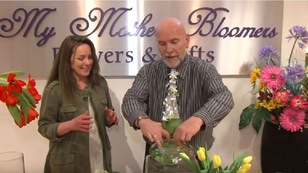 How to 1 Bouquet 4 Arrangements with Neville MacKay