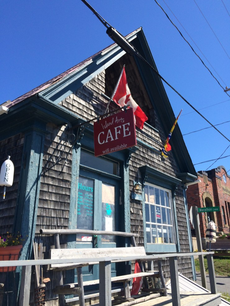 first stop – a trip to my favorite (and the only) island cafe
