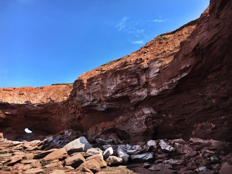 Cliff hole PEI