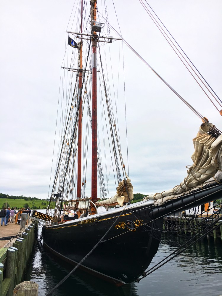 Bluenose 2 - Lunenburg - East Coast Mermaid