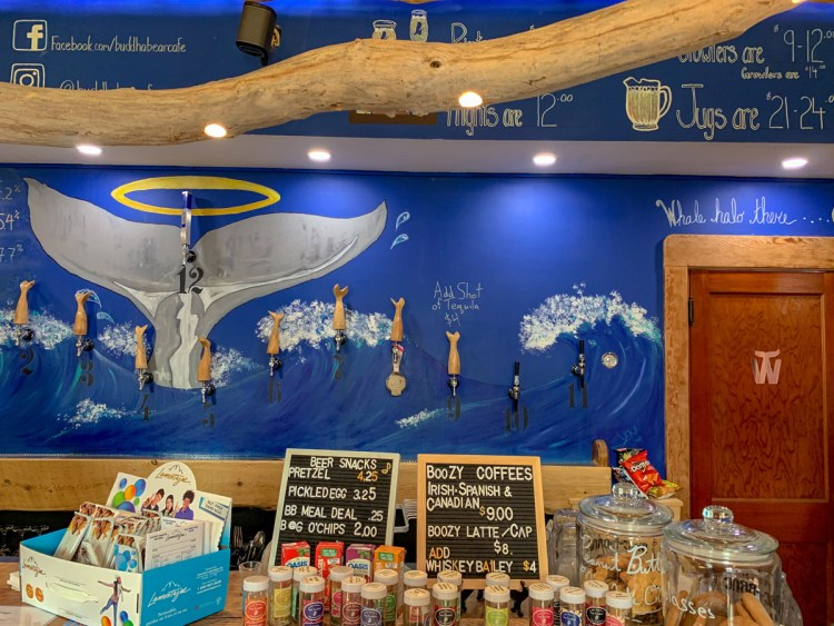 Alma Wholy Whale Brewing New Brunswick - East Coast Mermaid
