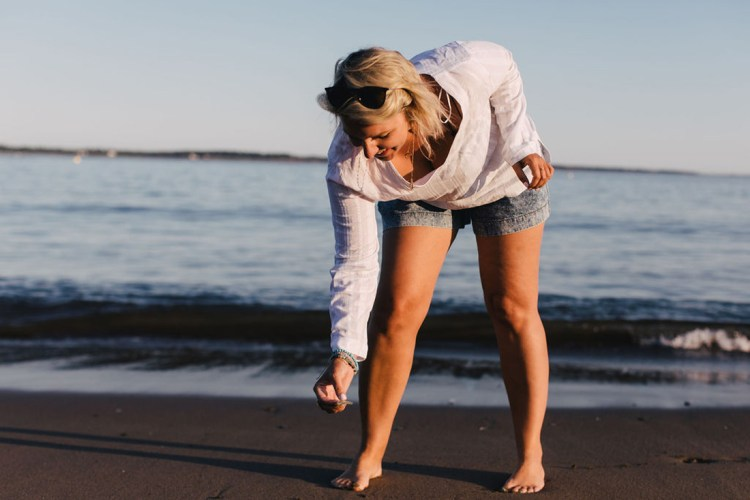 Finding that rare mermaid tear while #beachcombing in Campobello Island.   #seaglass #seaglasshunting #rarefind #mermaidtear #seaglassart #travel #newbrunswick