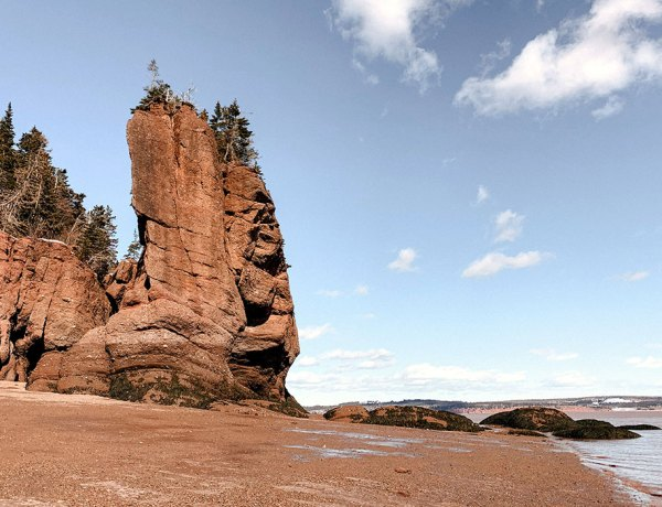 Winter-Escape-to-Hopewell-Rocks-Feature