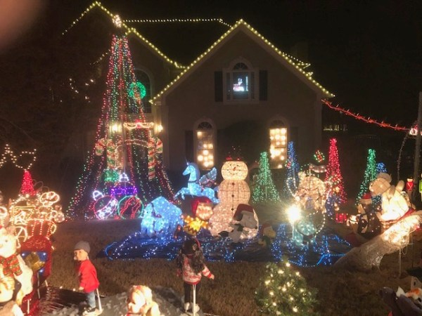 East Cobb home holiday lights