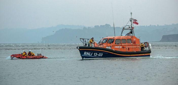Broken-down speedboat taking on water with three onboard is rescued by Exmouth RNLI