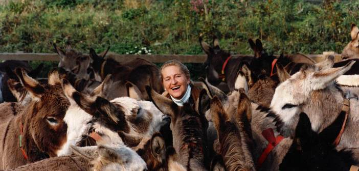 Late founder of The Donkey Sanctuary honoured by British EquineVeterinaryAssociation