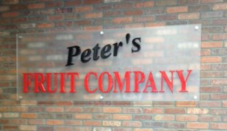 peters-fruit-co-raised-indoor-sign