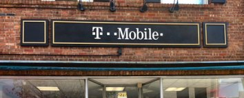 T-Mobile storefront sign