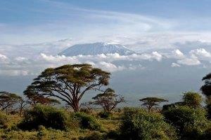mt-kilimanjaro-amboseli-kenya-safari
