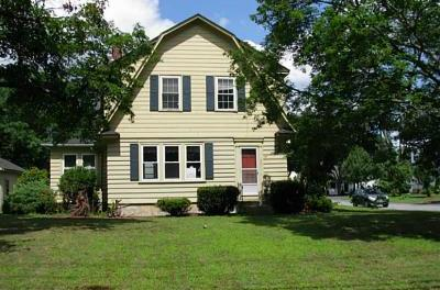 Showcased Home: Charming '30s Gambrel Colonial Close to Town