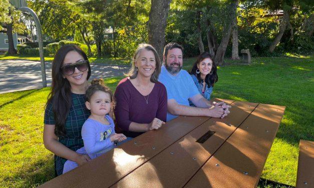 Hill & Harbor Neighbor Group Gets Busy