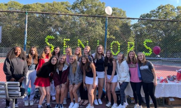 Girls Tennis: Heads to Playoffs With 13-2 Record