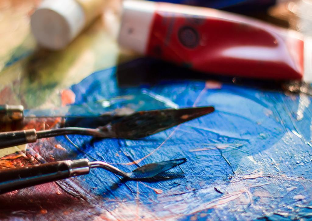These amazing abstract painting tips will have you inspired in no time!