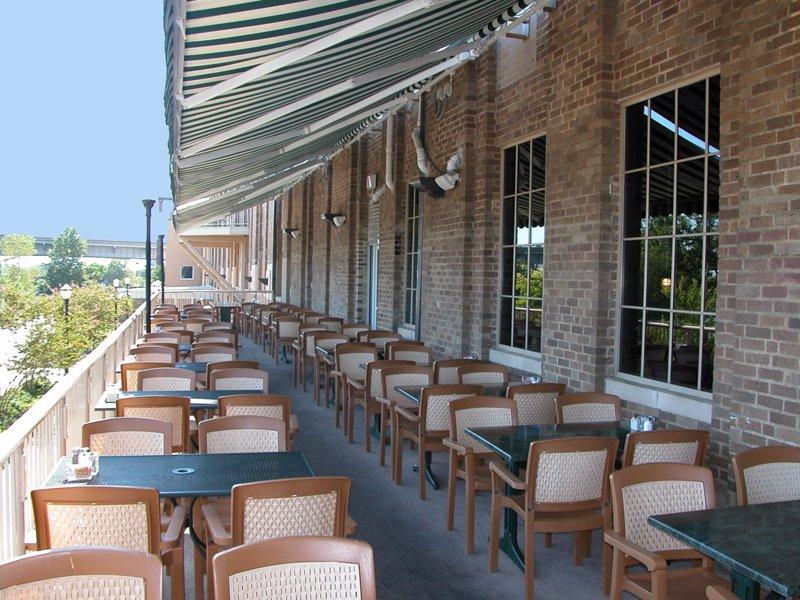 Boscos Restaurant Patio
