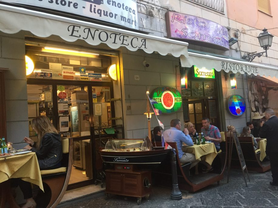 restaurants in sorrento