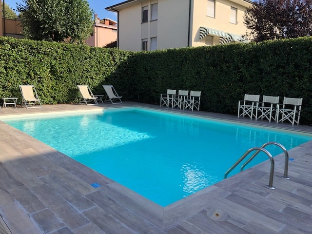 hotel in lucca