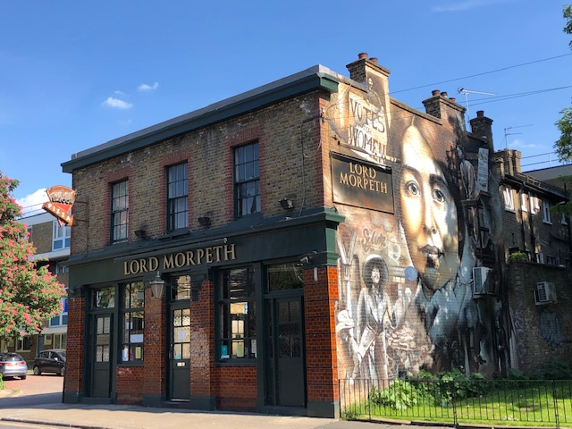 pub in bow