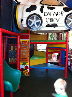 Restaurants With Play Places East Memphis Moms