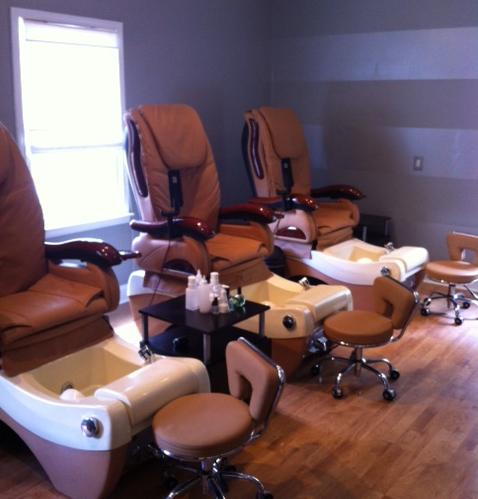 September Nail Salon East Memphis Moms