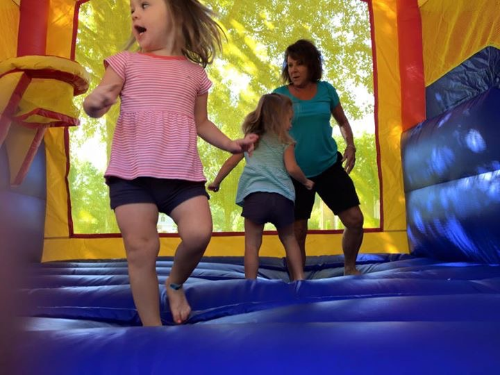Water Slide & Bounce House Companies