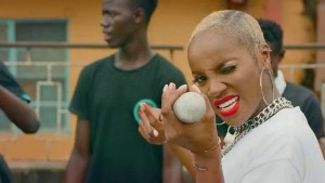 Seyi Shay Ft. Ycee, Zlatan & Small Doctor – Tuale mp4 video