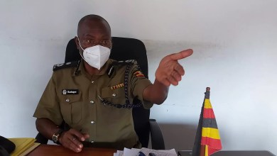Photo of Police's Chief Political Commissar Talks Tough on Corruption in The Force