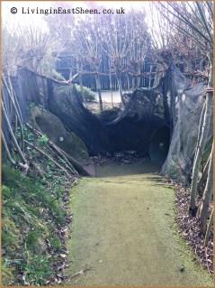 Various tunnels like a rabbit warren