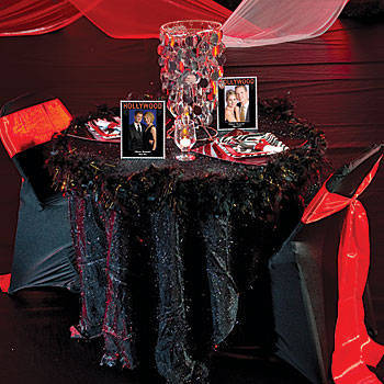 Hollywood star party table decorating idea