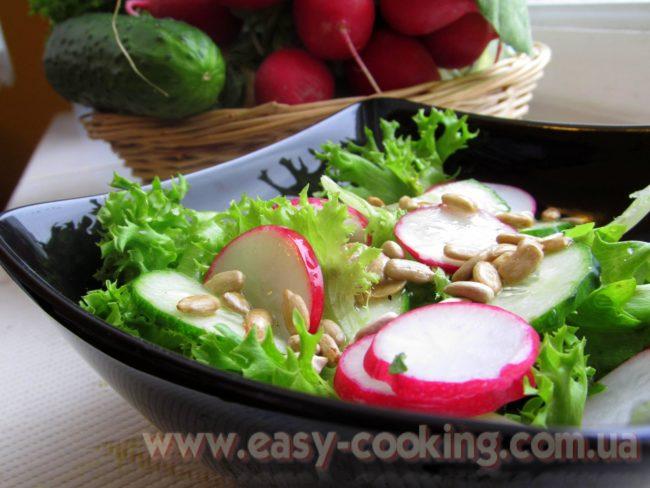 Салат з редискою та огірками - Кулінарний рецепт - Катрусина кухня