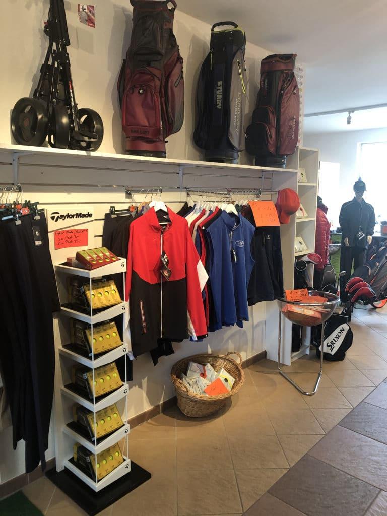 Golf Pro Shop IMG 4454 April Golf Angebote & News