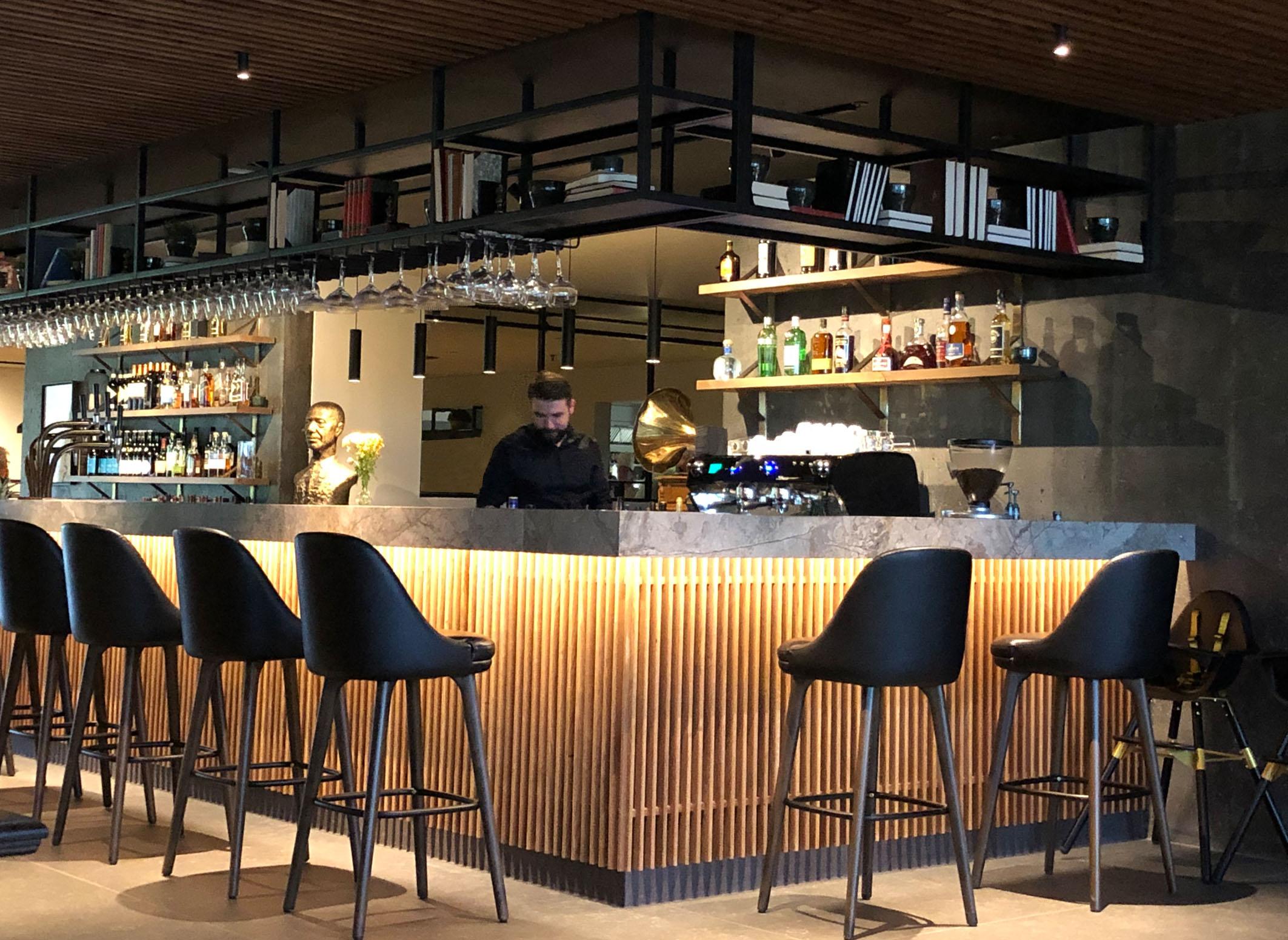 Bar Geysir hotel