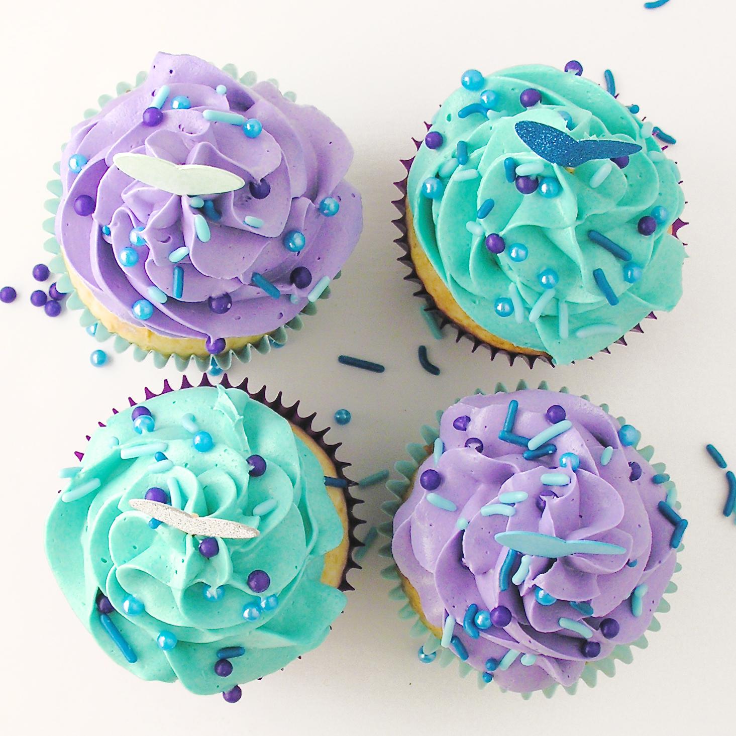 White Wedding Cupcakes A White Mix Cake Over Easybaked